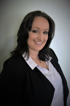 Profile Pic of Dawn Brown who works for Quantum Finance