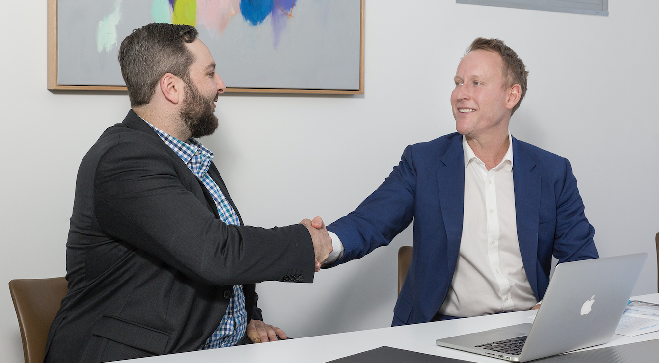 Gavin from Quantum Finance Australia assisting a client with fining the right Finance.