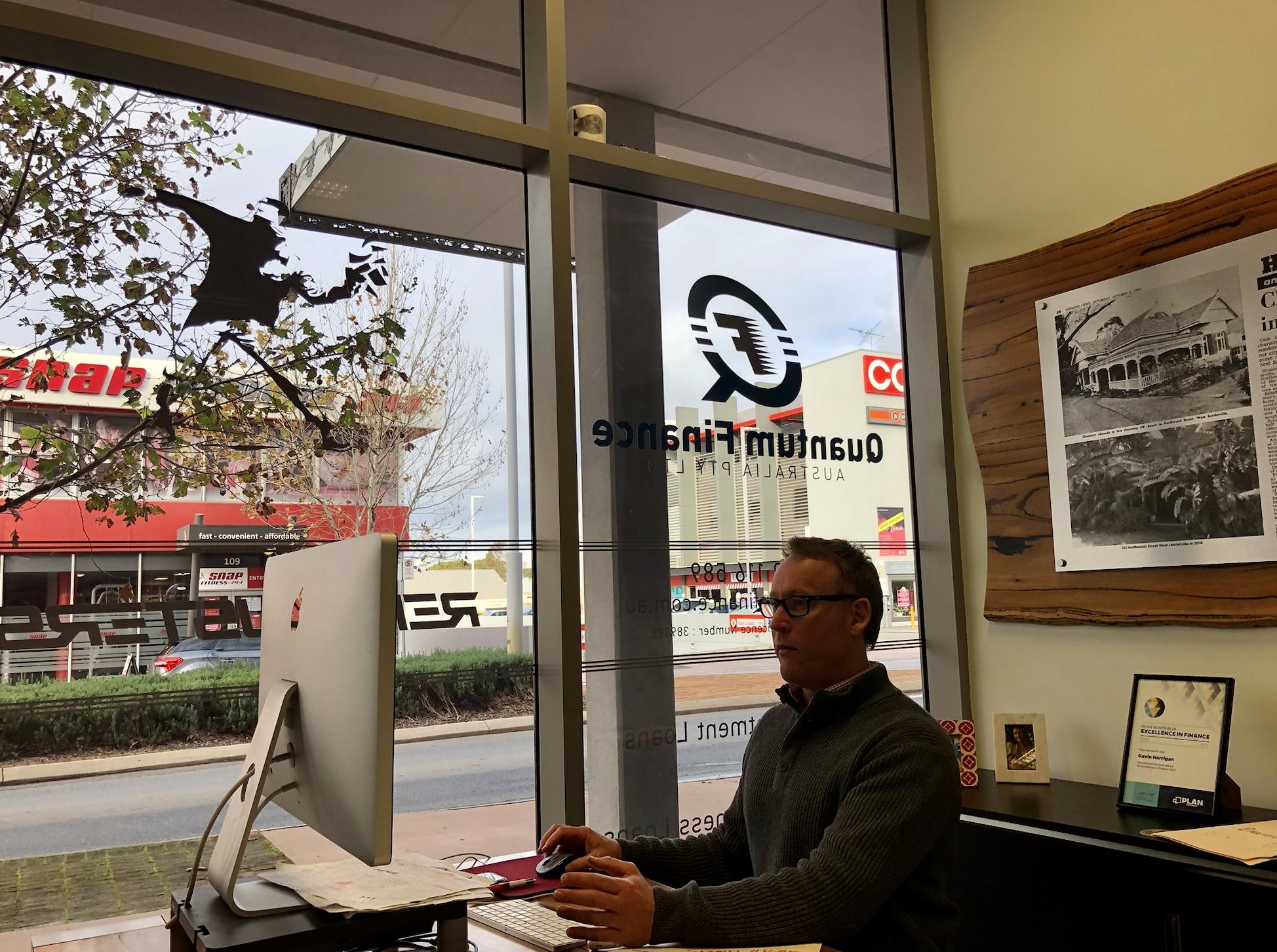 Gavin from Quantum Finance Australia assisting in a home loan deal.